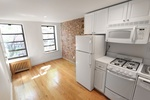 AMAZING STUDIO IN PRIME WEST VILLAGE LOCATION..NO FEE. CHRISTOPHER STREET..CLOSE TO SUBWAYS